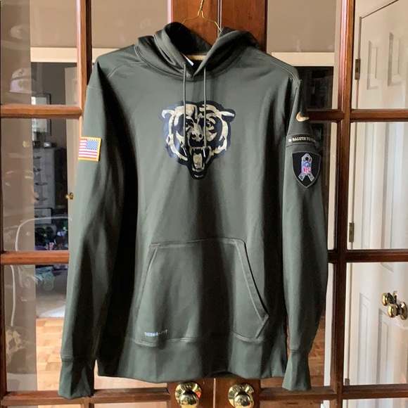 size 40 95db9 7669a Nike Chicago Bears Salute to Service Hoody